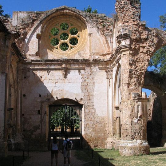 http://www.marivella.com/wp-content/uploads/2016/12/monasterio-de-piedra-1-540x540.jpg