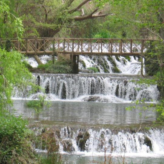 https://www.marivella.com/wp-content/uploads/2016/12/monasterio-de-piedra-3-540x540.jpg